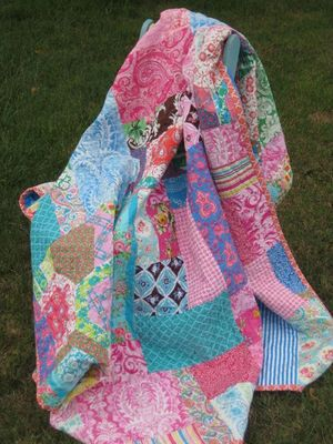 Go enter the Happy-Scrappy Quilt Giveaway!