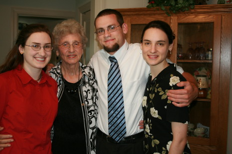Sarah, Granny, Jonathan, Hannah on Labor Day Weekend '09