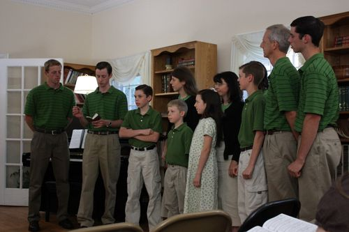 Family of 11 sing Psalm 77