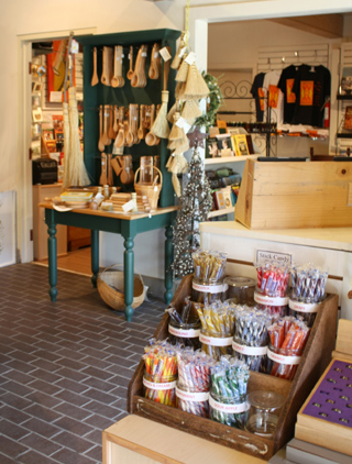 Frontier Culture Museum gift shop