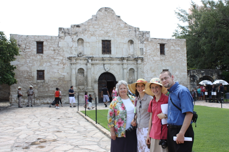 We're actually here!!! At the Alamo!!!