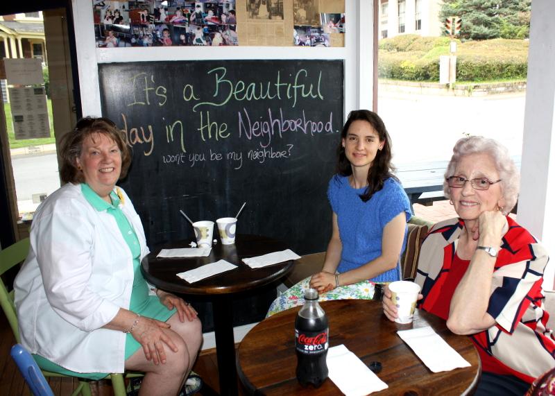Jean, Hannah, and Granny