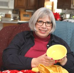 Sister Bet opening her yellow bowls