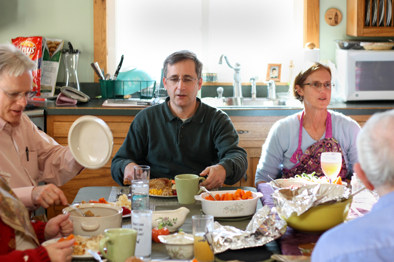 Around the table together~Uncle Ed and Aunt Ellen