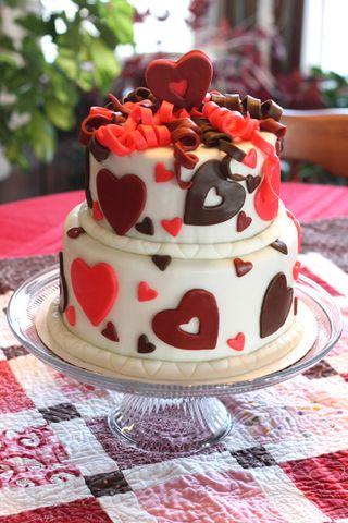 Valentine's Cake by Sarah