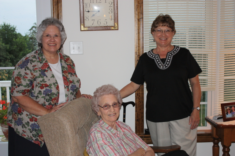 Friends visiting....Deb, Granny, Donna