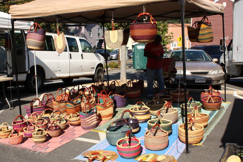 baskets at farmers' market in Warrenton