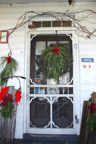 Decorated door at Shoppes of Mauzy