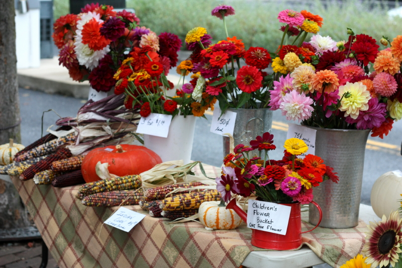 Lovely market bouquets