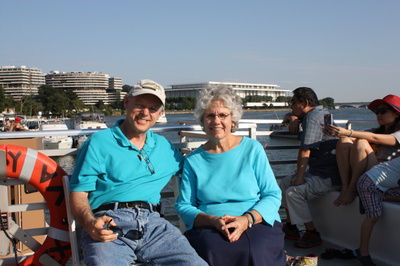 Tom and Deb cruising on the Potomac River