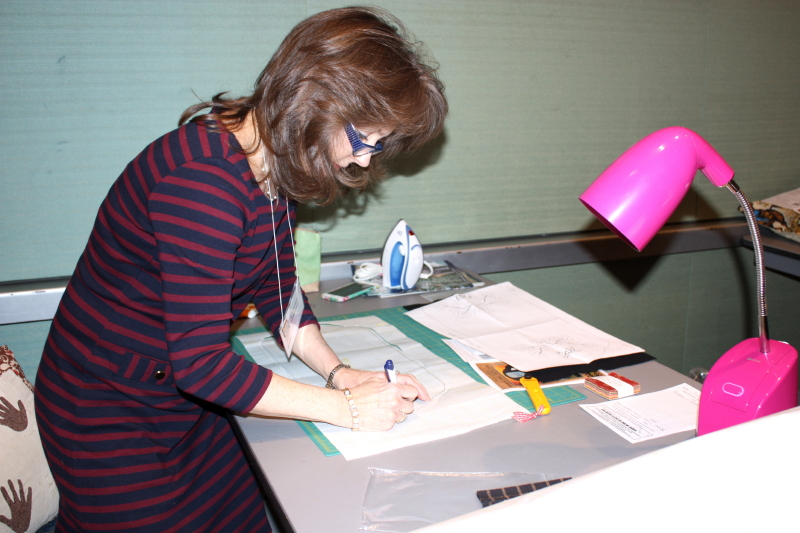 Chris tracing her tablemat pattern