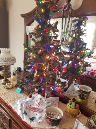 Christmas tree for dresser