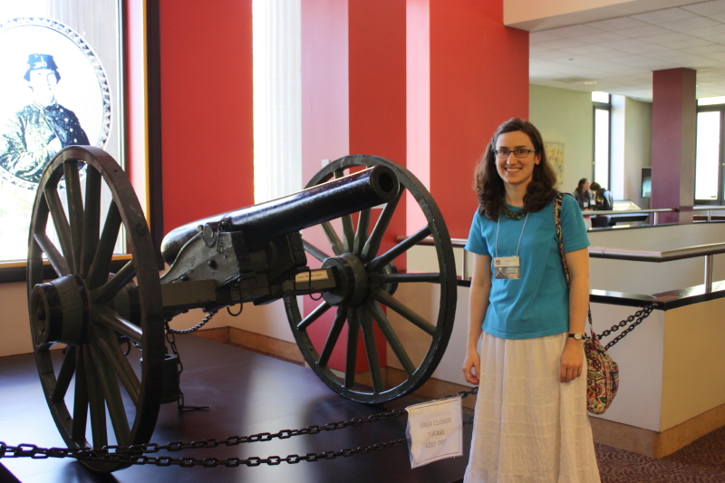 Sarah and a cannon at the Cyclorama