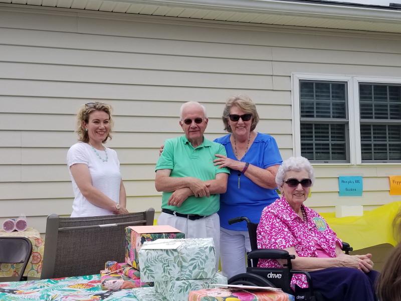 Bob & Jean and Kendra visit Granny