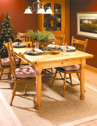 Heirloom dining table - Photo Courtesy of Woodsmith Magazine