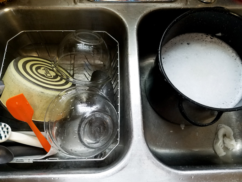 washing up soap dishes