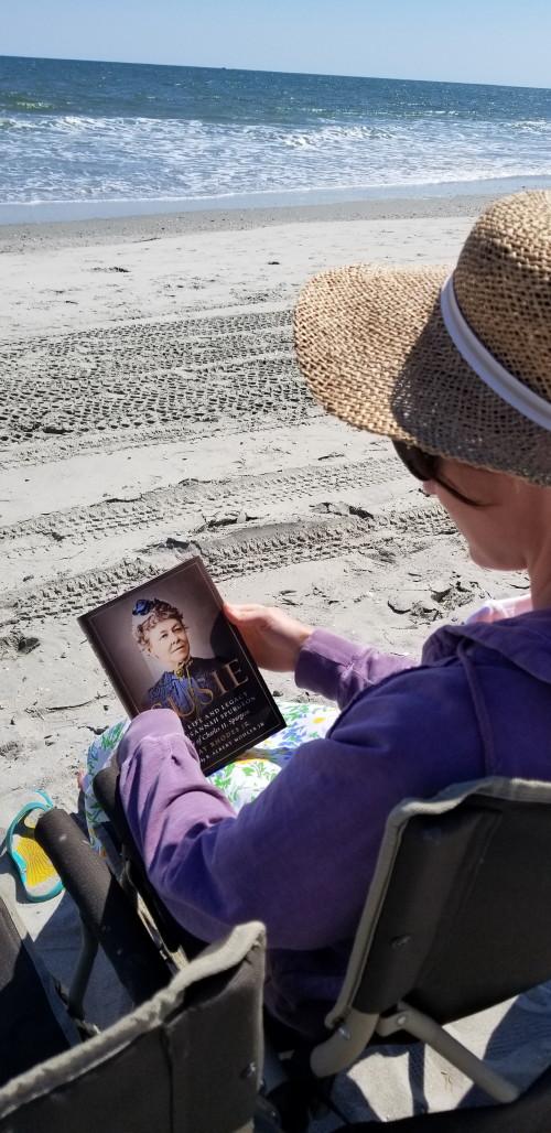 Hannah reading_1