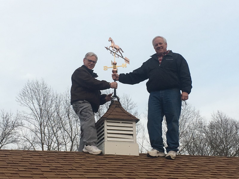 Weathervane guys