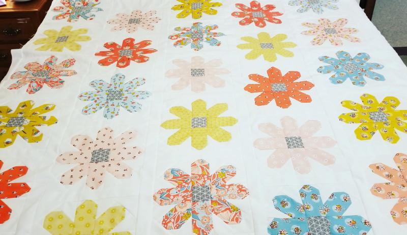 Daisy Sew-Along quilt